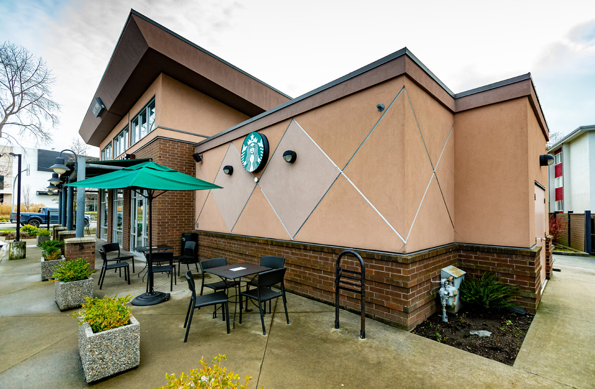 Starbucks_Douglas_St.-6